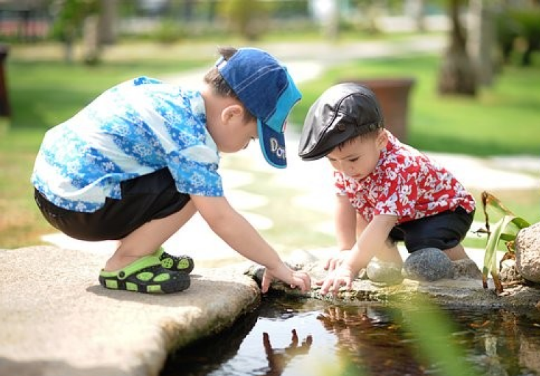 Summer activities for your children using Montessori in Calgary
